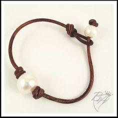Pearl Bracelets                                                                                                                                                                                 Más