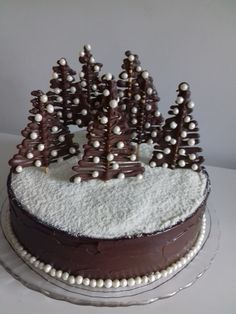 gateau noel Cake christmas 2019 36 ideas for 2019 Chocolate Christmas Cake, Christmas Sweets, Christmas Baking, Christmas 2019, Christmas Ideas, Christmas Wedding, Chocolate Cupcakes, Christmas Cake Designs, Christmas Cake Decorations