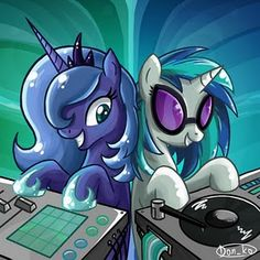 My Little Pony - Princess Luna and Vinyl Scratch! My Little Pony Princess, Mlp My Little Pony, My Little Pony Friendship, Vinyl Scratch, Pokemon, Little Poni, Mlp Fan Art, Fanart, Twilight Sparkle