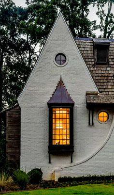 Unordinary Cottage House Exterior Design Ideas 23 ~ Home Decor Ideas Small Cottage Homes, Small Cottages, Architecture Renovation, Architecture Details, Architecture Interiors, Online Architecture, Computer Architecture, Architecture Models, Tudor House