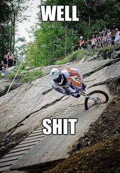 Mountain biking MTB Bike (fb) - So Funny Epic Fails Pictures Bike Meme, Bike Humor, Motorcycle Humor, Downhill Bike, Mtb Bike, E Mountain Bike, Mountain Biking Quotes, Mountain Biking Women, Parkour