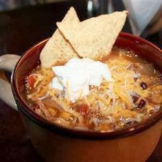 Easy Recipes to Do: Chicken Tortilla Crockpot Soup