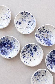 Rings, Julia Kostreva Shop Source by juliakostreva Ceramic Tableware, Porcelain Ceramics, Ceramic Pottery, Ceramic Art, Keramik Design, Dining Ware, New Shape, Cuisines Design, Ring Dish