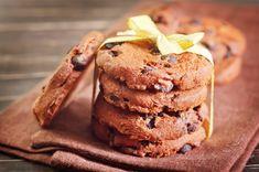 Τα μπισκότα είναι μια λιχουδιά που φροντίζουμε να έχουμε πάντα στο σχολείο για το πρωινό των παιδιών αλλά και για το δικό μας καφεδάκι. Βέβαια, είναι ιδανικό σνακ και όταν θέλουμε να ξεγελάσουμε για λίγο