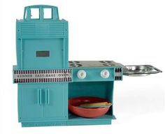The Easy Bake Oven was invented by a prolific toy inventor named Ronald Howes, who worked for the Kenner Products toy company in the 1960's. The oven made it's market debut in 1963, using an actual incandescent lightbulb to heat the food. Howes credits his inspiration for the toy to the street vendors who roasted chestnuts in New York City.