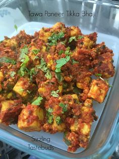 Tawa Paneer Tikka - Jain Style | Easy Appetiser recipes   Paneer is loved in most forms at home by the kids. Be it for appetisers or for gravies kids lap up the paneer dishes that's made about twice a month. Today's appetiser was much awaited by the elder one especially so much so that she volunteered to buy the paneer from the store if it was going to be made that evening. Its a slightly lengthy wait but totally worth it - that's the verdict and it sure is going to be on the dish rotation…