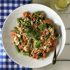 Salmon, Asparagus, and Couscous Salad | http://www.mydailymorsel.com/2013/04/16/salmon-asparagus-and-couscous-salad/