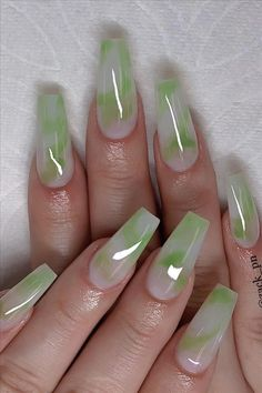 Chic Ombre Coffin Nails Designs In Summer - Nail Art Connect Funky Nails, Neon Nails, Swag Nails, Neon Green Nails, Edgy Nails, Grunge Nails, Black Nails, Summer Acrylic Nails, Best Acrylic Nails