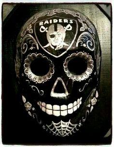 Raiders sugar skull