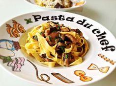 Pasta with mushrooms Paste, Mushroom Pasta, Homemade Food, Delicious Food, Macaroni And Cheese, Spaghetti, Stuffed Mushrooms, Ethnic Recipes, Stuff Mushrooms