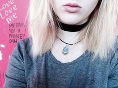 Velvet choker and cara necklace