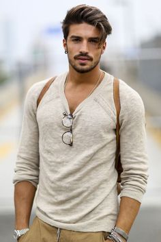 Mariano di Vaio: very casual smart and hot looking. I have always had a weak spot for his awesome hair and beard....