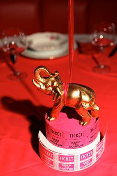 Love this circus-themed centerpiece!
