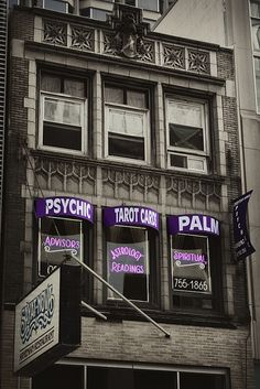 Streeterville Psychic by Christopher Buoscio (2010)