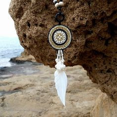 Mother of pearl Feather boho long Necklace #bohojewelry #bohemianchic #motherofpearl #gypsy #hippiestyle #longnecklace #bohonecklace #feather #featherpendant
