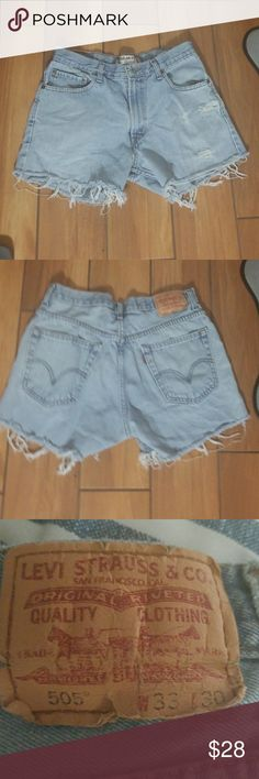 Vintage distressed Levi shorts These zip up Levi shorts super cute for summer  with your flip flops or winter with a cosy sweater and your uggs,, Levi's Jeans