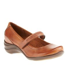 Hush Puppies Women's Epic Mary Slip-On Loafer,Tan,7.5 W US