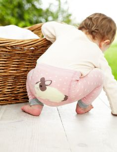 Cotton-rich leggings with a cuddly bunny logo on the rear. Soft and stretchy, they stay up and on, however much wriggling is happening inside them. Toddler Fashion, Kids Fashion, Fashion Clothes, Somebunny Loves You, Bunny Logo, Cheap Kids Clothes, Kids Clothing, Knit Leggings, Baby Socks