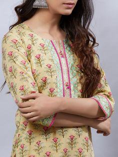 Olive Green Hand Block Printed Cotton Kurta with Pink Palazzo and Mulmul Dupatta- Set of 3 Printed Kurti Designs, Simple Kurti Designs, Kurta Designs Women, Olive Green Dresses, Green Dress Casual, Casual Summer Dresses, Neck Designs For Suits, Dress Neck Designs, Blouse Designs
