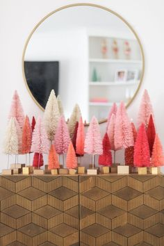 Check out this Merry and Bright room with bright pink Christmas decor. The perfect amount of fun mixed into your holiday decor. White Christmas, Christmas Holidays, Christmas Crafts, Amazon Christmas, Felt Christmas, Christmas Manger, Xmas, Homemade Christmas, Christmas Ornaments