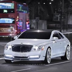 Maybach Coupe, Mercedes Benz Maybach, My Dream Car, Dream Cars, Bugatti Cars, Best Luxury Cars, Super Yachts, Unique Cars, Sexy Cars
