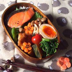 """料理を一気に華やかにする、""""飾り切り""""。料亭やレストランでもこういう工夫があると、気分も上がりますよね。実は、自分でもできる、見ても食べても美しい飾り切りの方法をご紹介します。"""