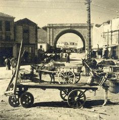 Heraklion Crete, Old Maps, Historical Pictures, Vintage Photos, The Past, Greek, Black And White, History, City