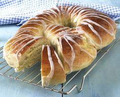 Posts about kringle recipe written by Sunny Pastry Recipes, Cake Recipes, Cooking Recipes, Kringle Recipe, Norwegian Food, Norwegian Style, Scandinavian Food, Bread And Pastries, Baking Tips