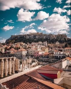 Athens, what a view! Places To Travel, Places To Visit, Greece Travel, Travel Europe, Enjoying The Sun, Athens Greece, Greek Islands, Ancient Greek, Wonders Of The World