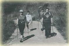Caminant amb bastons. Finlàndia.  www.nordicwalking-girona.blogspot.com Nordic Walking, Cross Training, South Africa, History, Origins, Finland, Walking Gear, Historia, History Activities