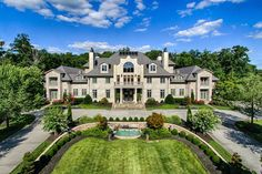400 Luxury Mansions Ideas Mansions Beautiful Homes Luxury Homes
