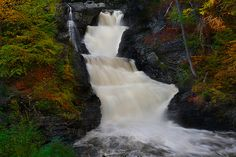 Raymondskill Falls, the highest waterfall in Pennsylvania (180ft).