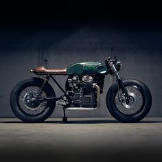 If you haven't heard of PopBang Classics, check them out now. This is one of the best custom CX500s we've ever seen.