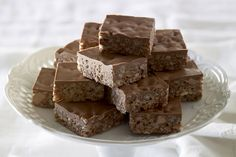 Mars Bar SliceA delightful food gift, this slice of heaven is a timeless favourite and crowd-pleasing treat in its simplicity. Mars Bar Slice, Cake Stall, Something Sweet, Christmas Baking, Christmas Treats, Food Gifts, Tray Bakes, Sweet Recipes, Candy Recipes