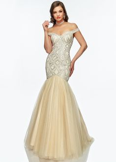 You don't want to miss these brand new styles from Lucci Lu Couture. Lucci Lu 2146 evening dress is a chic formalwear option for your upcoming gala, prom, pageant, or wedding. Evening Shoes, Evening Dresses, Formal Wear, Formal Dresses, Lucci, Pageant Dresses, Designer Dresses, Fashion Dresses, Tulle