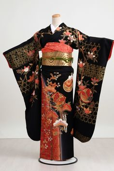 Very detailed black, gold, and red kimono