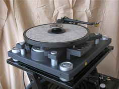 Kyocera Turntable with ceramic platter