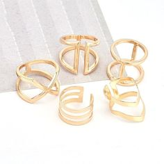 Fashion accessories, as rings set, earrings, bands and the anklet bracelets that people enjoy. Click the url to order. Jewelry Trends, Jewelry Accessories, Fashion Accessories, Fashion Jewelry, Dainty Jewelry, Vintage Jewelry, Body Jewelry, Unique Jewelry, Silver Necklaces