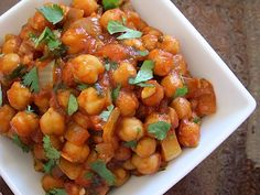 Vegan Quick Curried Chickpeas - Budget Bytes. Serve with brown rice or in pita bread.