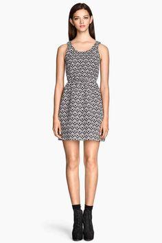 Vestido en tejido de jacquard   H&M