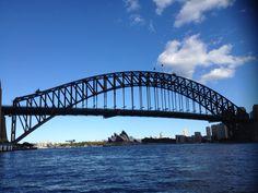 Spectacular view of Sydney Harbour Bridge