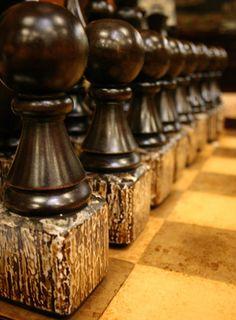 Brown | Buraun | Braun | Marrone | Brun | Marrón | Bruin | ブラウン | Colour | Texture | Pattern | Style | Chess