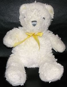 Searching – Carter's 2004 WHITE BEAR with YELLOW RIBBON