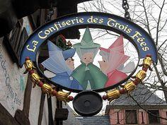 Enseigne Confiserie 3 Fées Disneyland Paris*