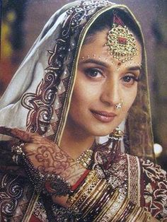 Madhuri Dixit- Old school Bollywood glam, truly the definition of indian beauty. Jj Collection, Lehenga Collection, Madhuri Dixit, Bollywood Stars, Bollywood Fashion, Bollywood Celebrities, Bollywood Actress, Indian Goddess, Preity Zinta