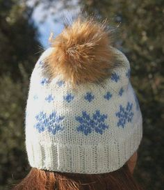 Shop for pom pom on Etsy, the place to express your creativity through the buying and selling of handmade and vintage goods. Pom Pom Hat, Hand Knitting, All Things, Winter Hats, Buy And Sell, Awesome, Creative, Handmade, Stuff To Buy