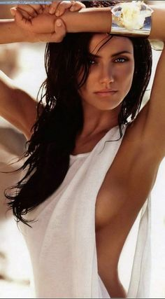 Cameron Diaz ~So beautiful in dark hair~