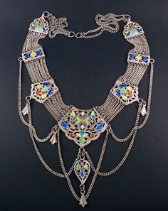 Old silver necklace from Himachal Pradesh India door ethnicadornment