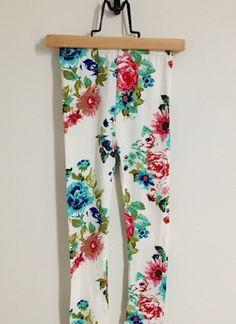 Kawaii Inspired Floral Leggings - hardtofind.