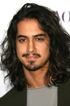 Shoulder Length Kinky Curly Human Hair Lace Front Men Wig - I don't just want to buy the wig, I want to buy those eyebrows, moustache and goatee too. Michael Fassbender 300, 12 Inch Hair, Avan Jogia, Man Bun, Haircuts For Men, Long Haircuts, Textured Hair, Easy Hairstyles, Black Hairstyles